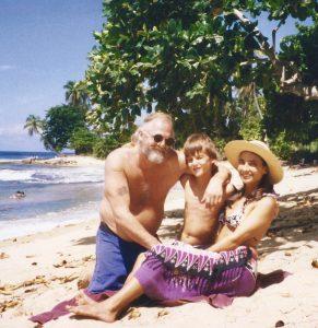 JB,Ramses,Becca family on Steps Beach2